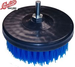 Escova em Nylon para lavar Tapetes Media com eixo